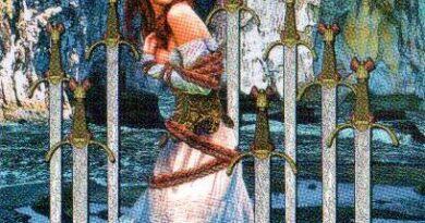 8 мечей таро сочетание со старшими арканами